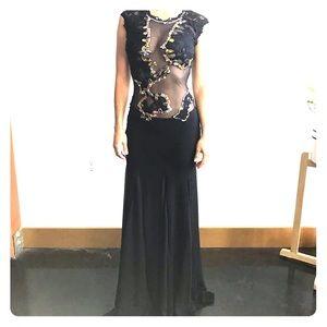 Beautiful Dress, like new.